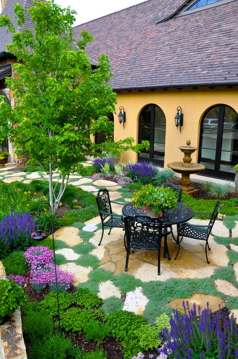 French Country Courtyard Garden